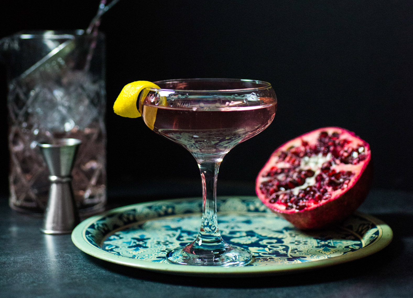 Vodka Pomegranate Cocktail Martini with Lemon